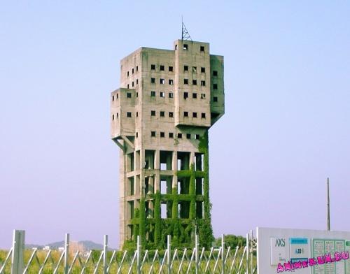 Противо-зомбиевая крепость