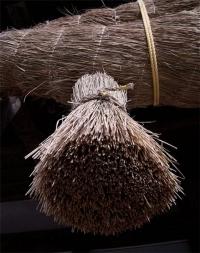 Священная веревка из рисовой соломы. Симэнава.