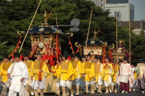 http://animekun.ru/users/8766/Pics/06/parade-2.jpg