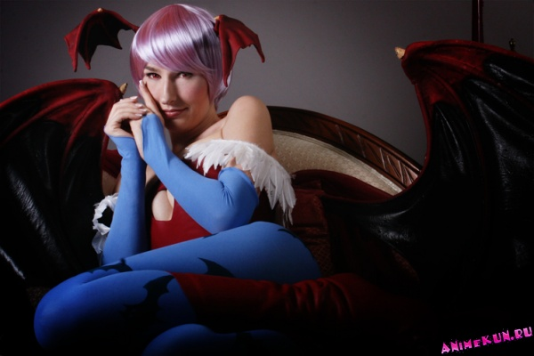 C.1: Jennifer Barclay - Lilith Aensland Cosplay - Cosplay