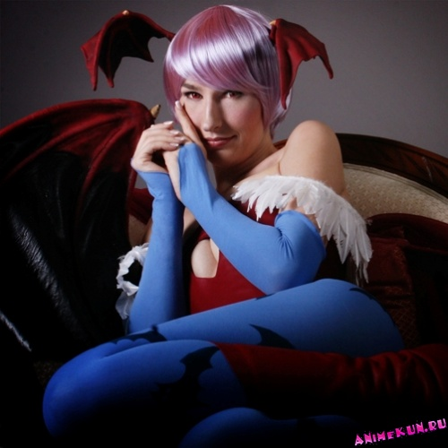 Jennifer Barclay - Lilith Aensland Cosplay